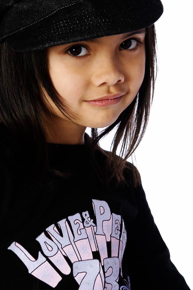 portrait asian girl hat